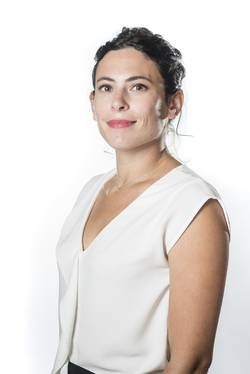 Caroline GIRARD - Chargée de projets marketing / international