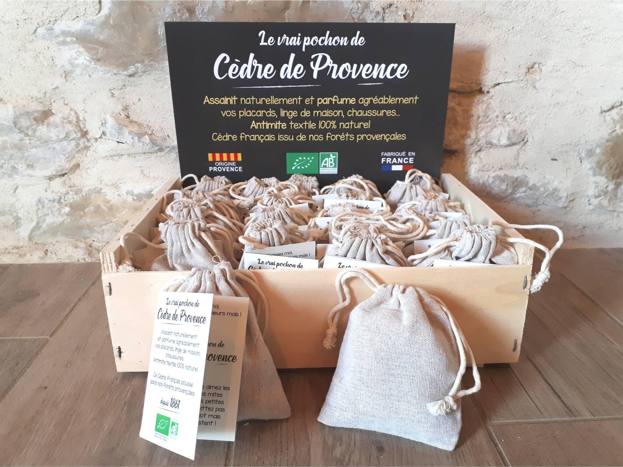 Pochons-cedre-coeur-dabeille